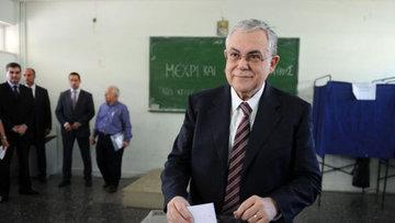 Yunanistan eski Başbakanı Papadimos bombalı saldırıda yar...