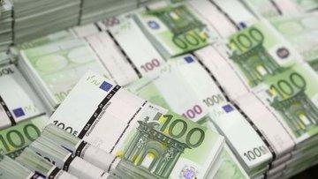 """Euro """"Draghi"""" sonrası önemli paralar karşısında geriledi"""