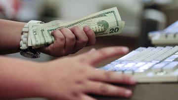 ABD'de kişisel gelir ve harcamalar Nisan'da beklentiye pa...