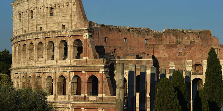 İtalya krizden çıkış için Euro bölgesinden ayrılmayı tartışıyor