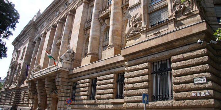 Macaristan Merkez Bankası faizleri yüzde 0.9