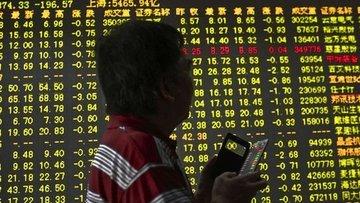 Çin hisseleri 2015 zirvesinden geriledi