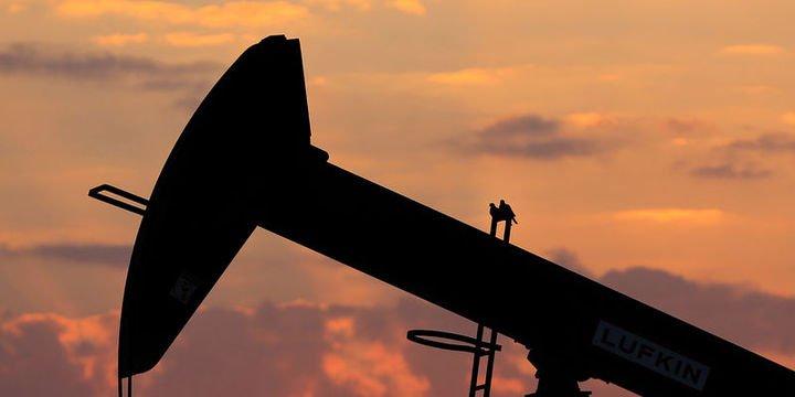 Petrol stok verileri sonrası sıçradı