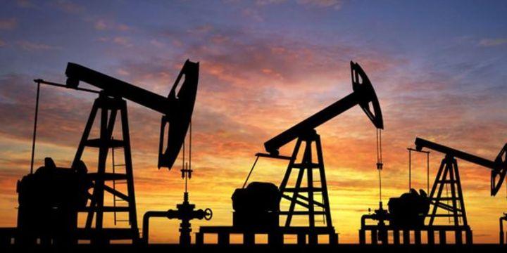 Petrol piyasalarında duyarlılık hala fiyat düşürücü yönde