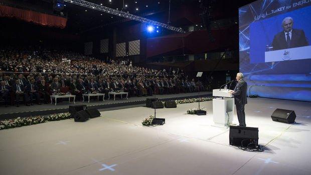 Başbakan Yıldırım Dünya Petrol Kongresi'nde konuştu