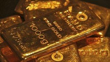 Altın doların sakinleşmesi ile düştü