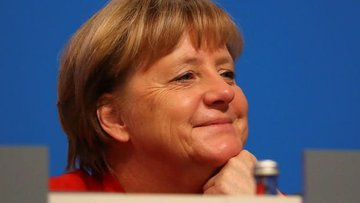 Merkel: Bu krizin askeri bir çözümle aşılabileceğine inan...