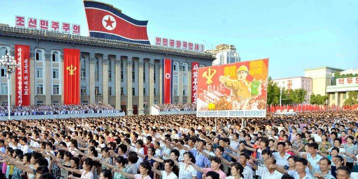 3.5 milyon Kuzey Koreli orduya katılmak için gönüllü oldu