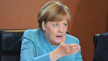 Merkel: Türkiye'yle tansiyon düşmedikçe Gümrük Birliği gü...