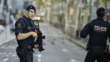 İspanya'da saldırı girişimindeki 5 kişi öldürüldü
