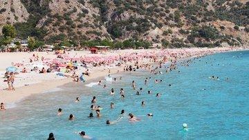 Turizmde 1,5 milyar dolar bayram geliri beklentisi