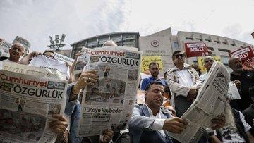Cumhuriyet gazetesi davasında 6 sanığın tutukluluğunun de...