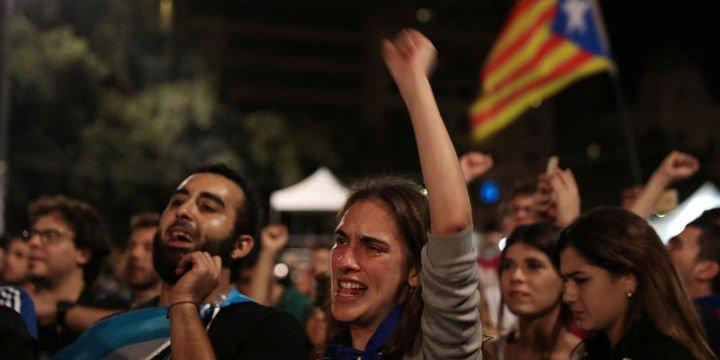 AB: Katalonya referandumu yasal değil