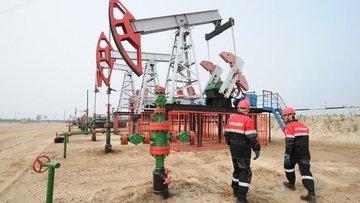 Fitch petrol fiyatlarının 60 dolar altında kalmasını öngö...