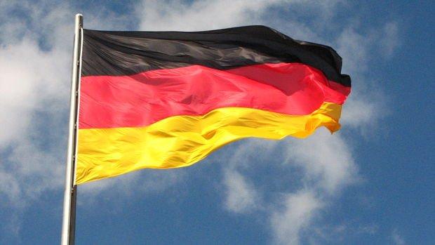Almanya'da fabrika siparişleri 10 ayın en güçlü yükselişini kaydetti