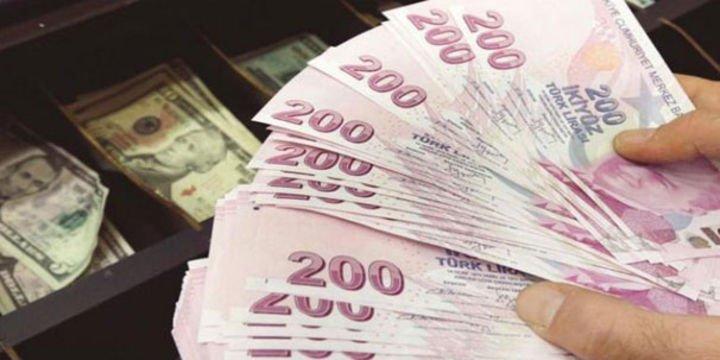 """Dolar/TL """"vize krizi"""" sonrası 3.85"""