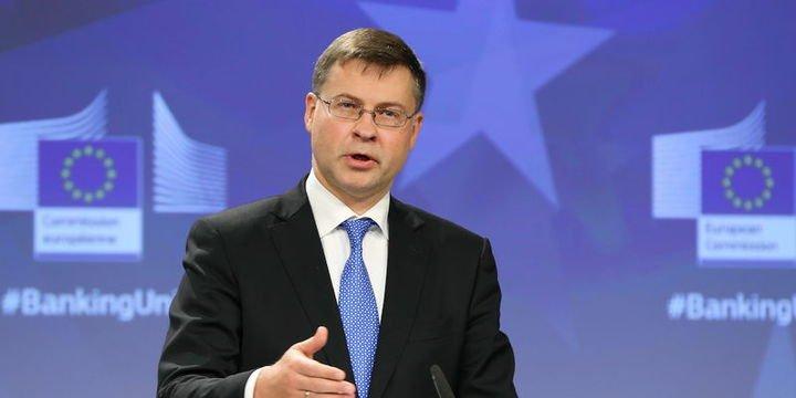AB/Dombrovskis: Bankacılık sektöründe yeni tedbirler alınmalı