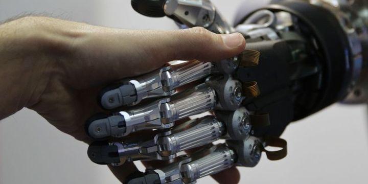 Robotlar en az 5 milyon kişiyi işsiz bırakabilir