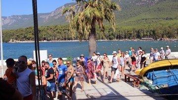 Turist sayısı artıyor ama gelir düşüyor