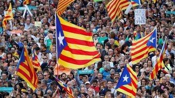 Katalan ayrılıkçılar Rajoy'a cevap için toplanıyor
