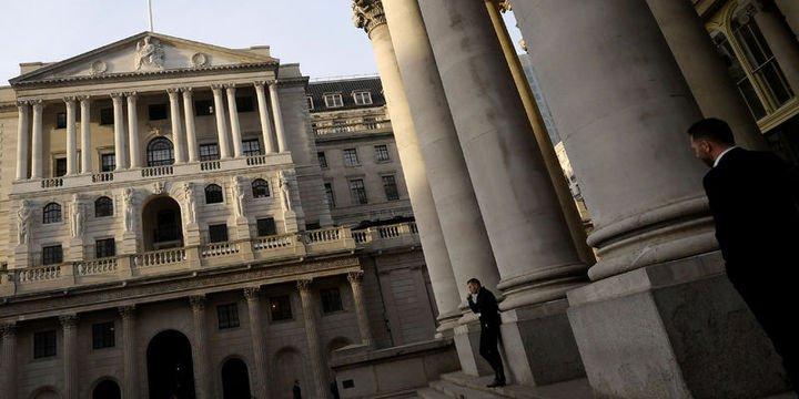 İngiltere Merkez Bankası 10 yıl sonra faizi artırdı