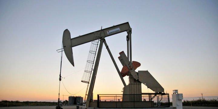 Petrol stok beklentileri ile düşüşünü sürdürdü