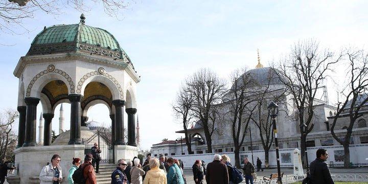 İstanbul 10 ayda 9 milyondan fazla yabancı turisti ağırladı