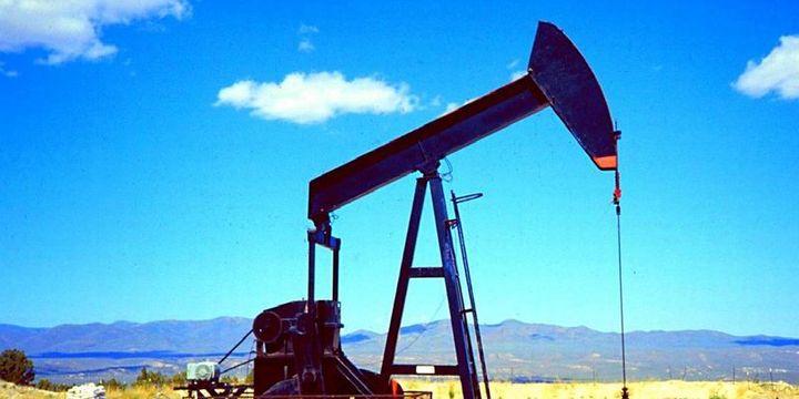 Petrol zayıf talep ve artan arzın baskısı altında
