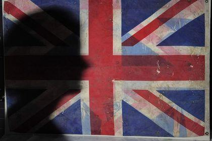 İngiltere 2017 büyüme tahminini yüzde 1.5'e ind...