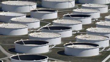ABD'de petrol stokları düşerken üretim arttı