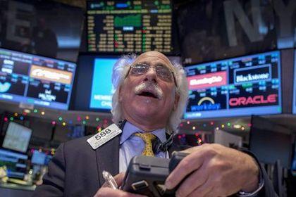 Küresel Piyasalar: Dolar hafifçe geriledi, hiss...