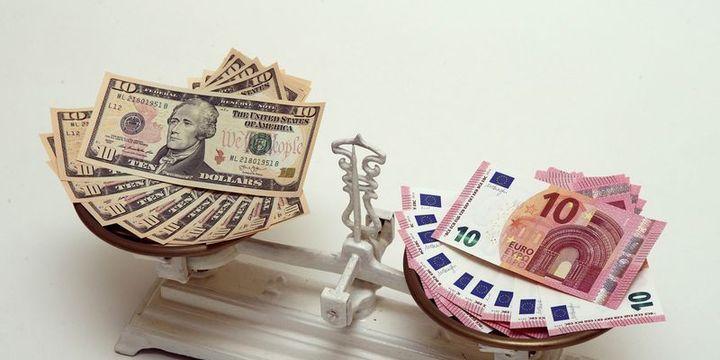"""""""Euro/dolar 1.24"""