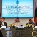 OPEC PETROL ÜRETİMİNİN KISITLANMASINA İLİŞKİN SÜREYİ UZATTI