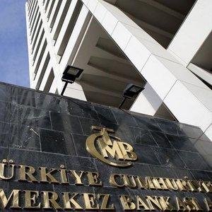 """""""DOLAR DÜŞTÜ, MERKEZ BANKASI BİR ŞEY YAPMAZ DİYEMEYİZ"""""""