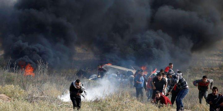 İsrail askeri Cuma namazı sonrası göstericilere saldırdı