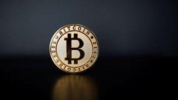 """""""Yatırımcının tüm bütçesini Bitcoin'e yatırması sakıncalı"""""""