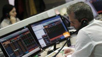 Küresel Piyasalar: Dolar düştü, hisseler petrol ile birli...