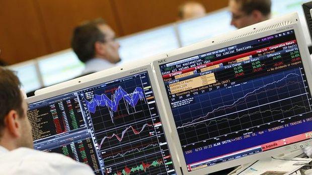 Küresel Piyasalar: Dolar sakin seyrederken, hisseler düştü ve tahviller yükseldi