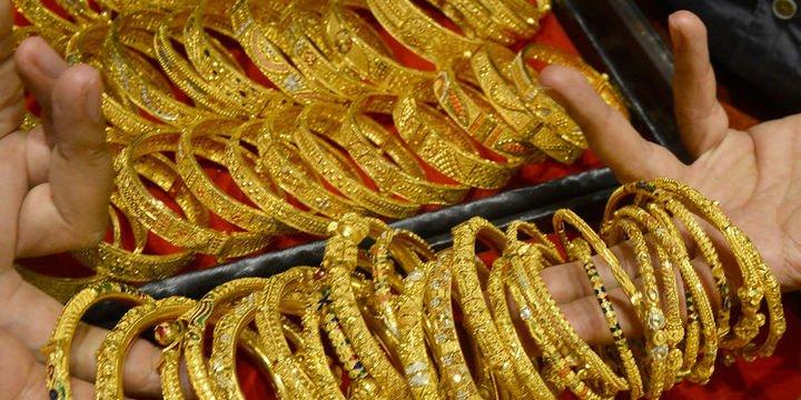 Altının kilogramı 156 bin 900 liraya geriledi
