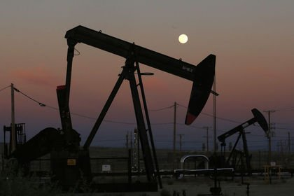Petrol yeni yıla 61 dolara doğru yükselerek baş...