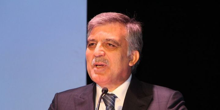 Abdullah Gül: Gazeteciler tutuksuz yargılanmalı