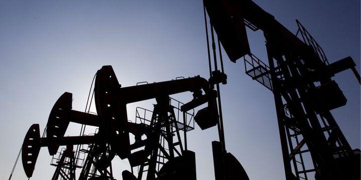 """Petrol """"stok"""" beklentileri ile yükselişini sürdürdü"""
