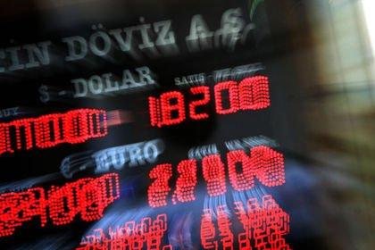 Serbest piyasada döviz açılış fiyatları (19.01....
