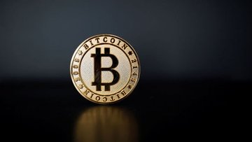 Bernstein: Bitcoin'un kurumsal yatırımcılar için henüz bi...