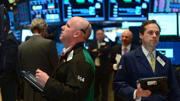 Küresel Piyasalar: Dolar ABD hükümetinin kapanması ile düştü, hisse senetleri karışık