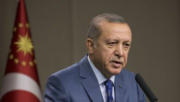 Erdoğan, Macron ve Putin'le telefonda görüştü