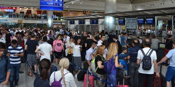 Yarıyıl tatilinde 3 milyon yolcu Atatürk Havalimanı