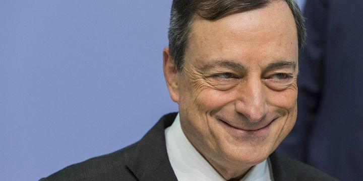 AMB/Draghi: Enflasyonun hedefe doğru ilerlediğinden daha eminim