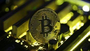 Bitcoin % 21 düşerek 6,500 doların altına geriledi