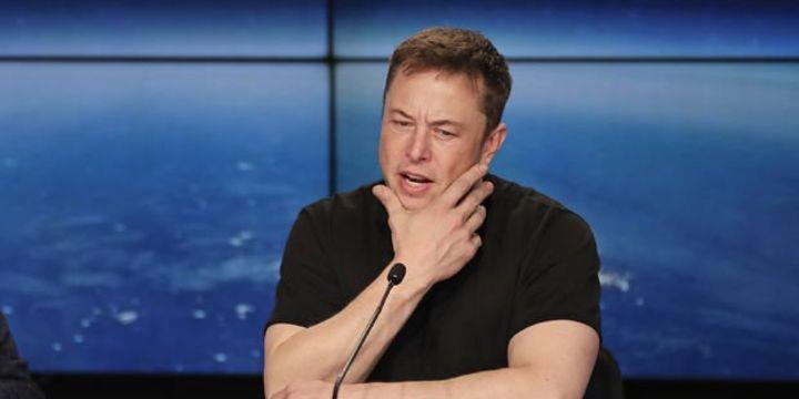 Elon Musk zarar ettiğini açıkladı
